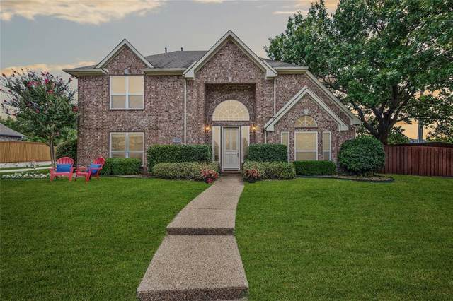 6800 Wedgestone Drive, Plano, TX 75023 (MLS #14378991) :: The Welch Team