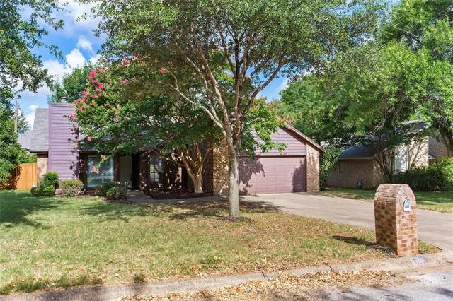 2955 Kimberly Drive, Grapevine, TX 76051 (MLS #14379228) :: The Rhodes Team