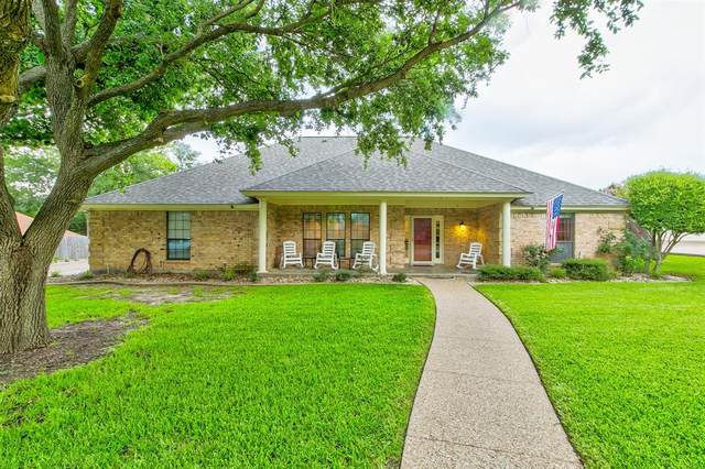 903 Thurman Street, Cleburne, TX 76033 (MLS #14379340) :: The Kimberly Davis Group