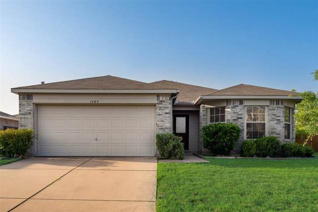 1409 Feather Crest Drive, Krum, TX 76249 (MLS #14379541) :: The Kimberly Davis Group