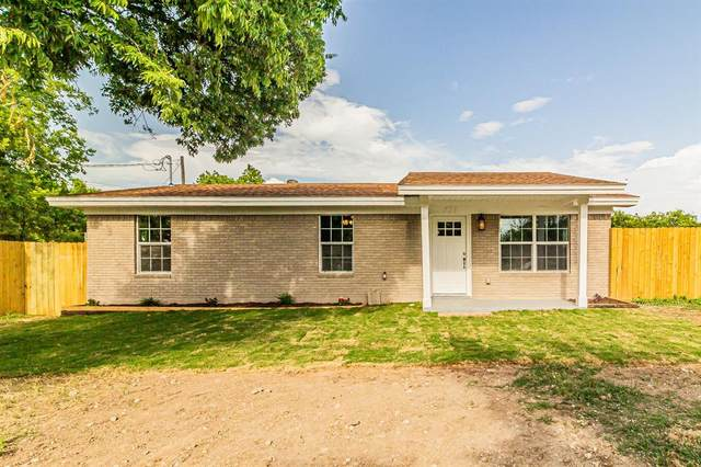 705 N Arthur Street, Decatur, TX 76234 (MLS #14379799) :: The Kimberly Davis Group