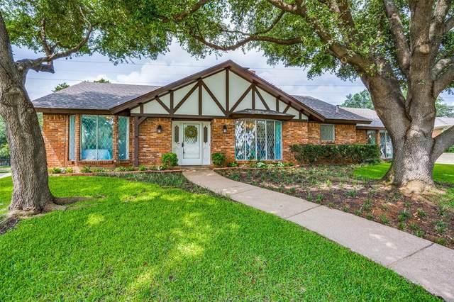 1702 Russwood Drive, Arlington, TX 76012 (MLS #14379996) :: The Good Home Team