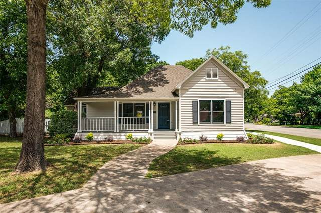 901 E Marvin, Waxahachie, TX 75165 (MLS #14380201) :: The Heyl Group at Keller Williams
