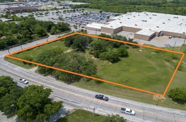 1811 N Grand Avenue N, Gainesville, TX 76240 (MLS #14380231) :: RE/MAX Landmark