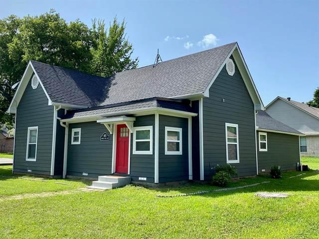 401 Summer Tree Lane, Springtown, TX 76082 (MLS #14380312) :: Baldree Home Team