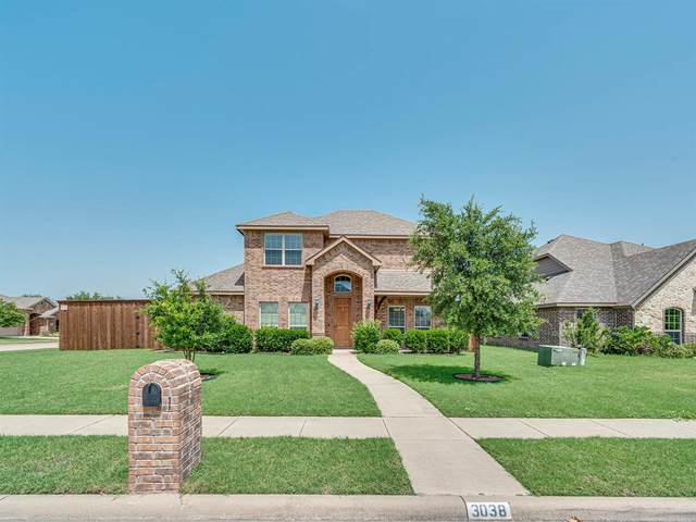 3038 Carlton Parkway, Waxahachie, TX 75165 (MLS #14380318) :: The Hornburg Real Estate Group