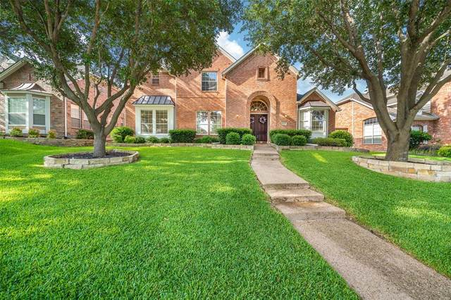 4424 Lone Tree Drive, Plano, TX 75093 (MLS #14380339) :: Baldree Home Team
