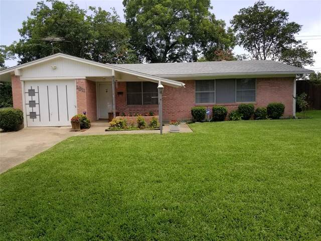 1811 Pleasant Run Road, Carrollton, TX 75006 (MLS #14380613) :: EXIT Realty Elite