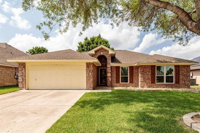 1012 Kingsley Drive, Saginaw, TX 76179 (MLS #14380662) :: All Cities USA Realty