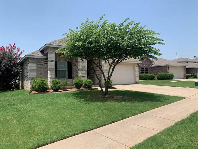 6512 Longleaf Lane, Denton, TX 76210 (MLS #14380847) :: The Mitchell Group