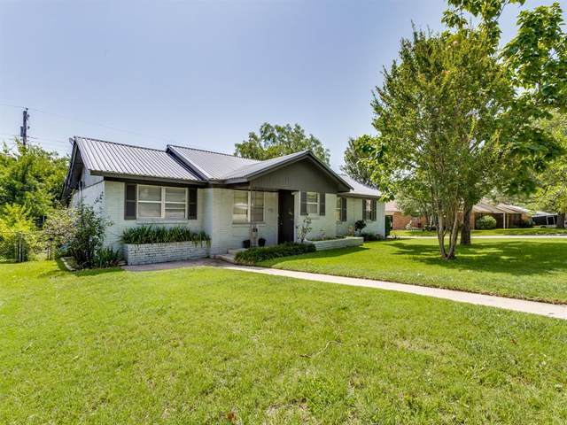 1405 S Cliff Street, Decatur, TX 76234 (MLS #14381116) :: Trinity Premier Properties
