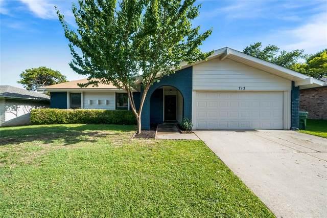 712 Cavendish Drive, Arlington, TX 76014 (MLS #14381350) :: The Hornburg Real Estate Group