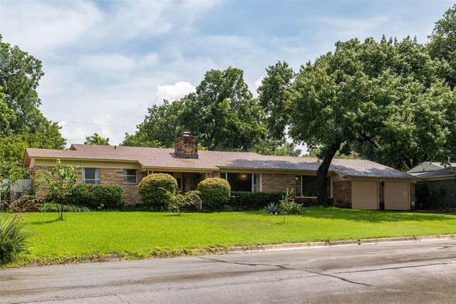 3825 South Drive, Fort Worth, TX 76109 (MLS #14381379) :: All Cities USA Realty