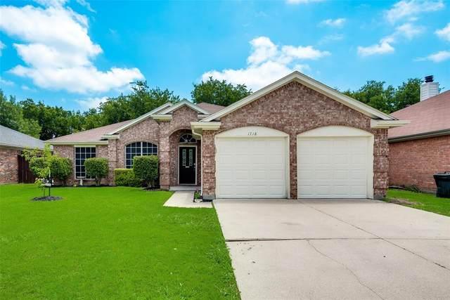 1718 Farmington Drive, Mansfield, TX 76063 (MLS #14381384) :: The Mauelshagen Group
