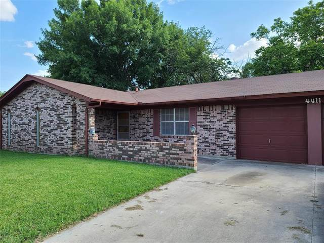4411 Mcarthur Circle, Brownwood, TX 76801 (MLS #14381410) :: RE/MAX Pinnacle Group REALTORS