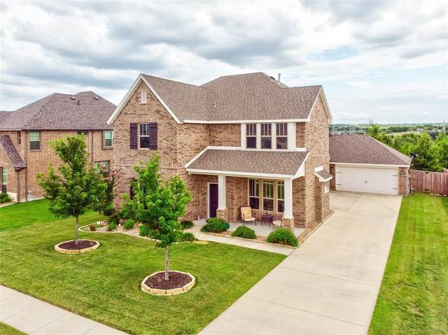 12049 Carlin Drive, Fort Worth, TX 76108 (MLS #14381461) :: The Heyl Group at Keller Williams