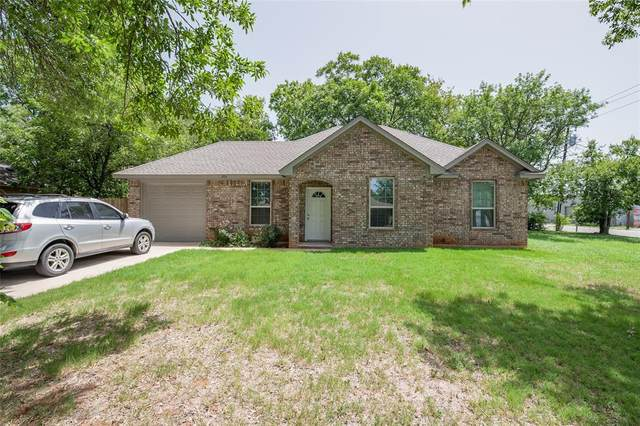 202 Gatrix Avenue, Cleburne, TX 76033 (MLS #14381462) :: The Rhodes Team