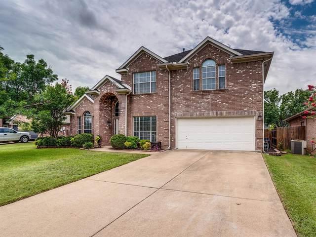 6422 St Alban Court, Arlington, TX 76001 (MLS #14381621) :: The Hornburg Real Estate Group