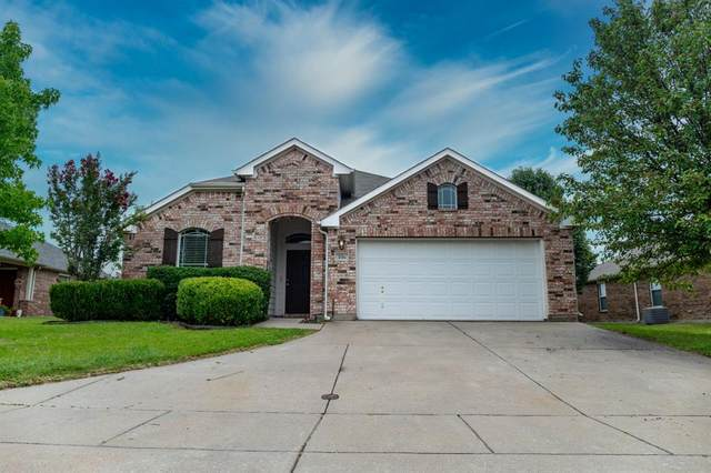 106 Fallen Rock Drive, Waxahachie, TX 75165 (MLS #14381622) :: The Welch Team