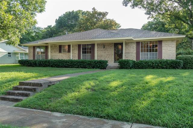 327 Bois D Arc Place, Mckinney, TX 75071 (MLS #14381632) :: The Daniel Team