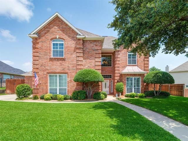 104 Heneretta Drive, Hurst, TX 76054 (MLS #14381660) :: The Mauelshagen Group