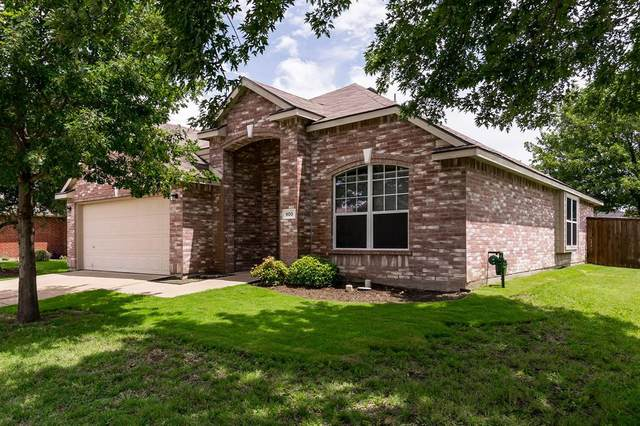 900 Charlotte Drive, Mckinney, TX 75071 (MLS #14381676) :: The Kimberly Davis Group