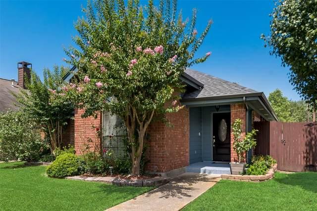 721 Windsong, Mesquite, TX 75149 (MLS #14381827) :: The Kimberly Davis Group