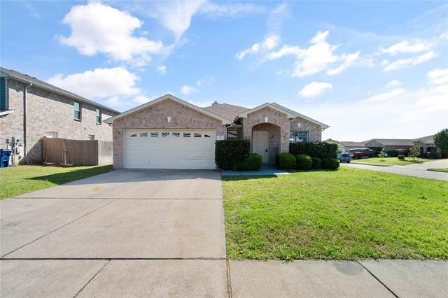 221 Sanctuary Way, Burleson, TX 76028 (MLS #14381882) :: The Hornburg Real Estate Group