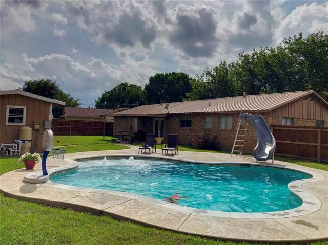 1804 Lamar Street, Mineral Wells, TX 76067 (MLS #14381945) :: The Mauelshagen Group