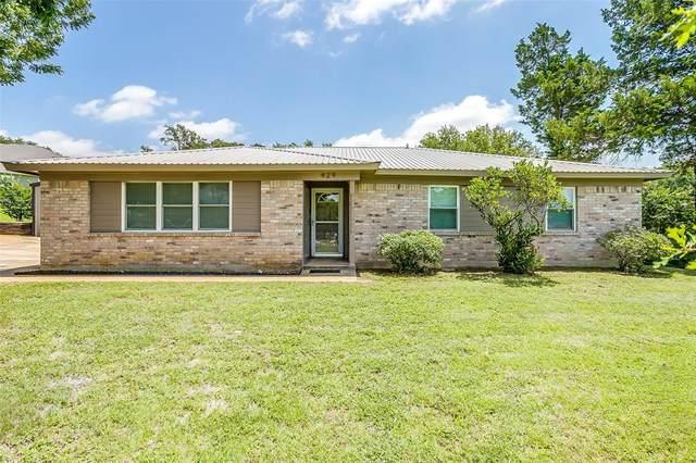 429 Pecan Drive, Burleson, TX 76028 (MLS #14381953) :: Baldree Home Team