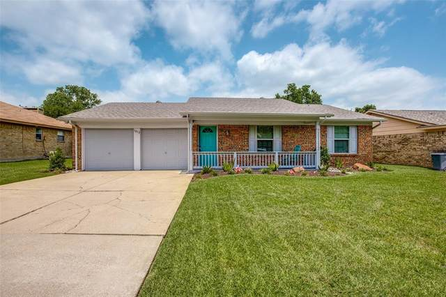 1013 Stell Avenue, Mansfield, TX 76063 (MLS #14382123) :: The Mitchell Group
