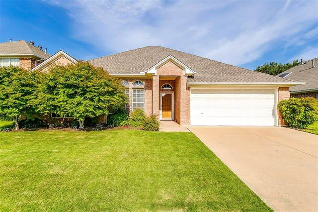 1204 Carina Drive, Arlington, TX 76013 (MLS #14382141) :: The Chad Smith Team