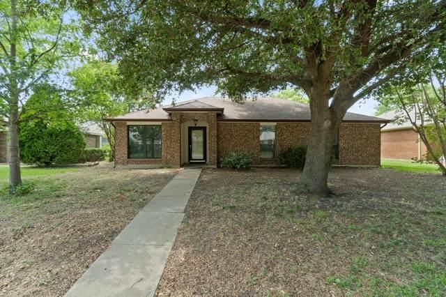611 Hanover Drive, Allen, TX 75002 (MLS #14382175) :: Tenesha Lusk Realty Group