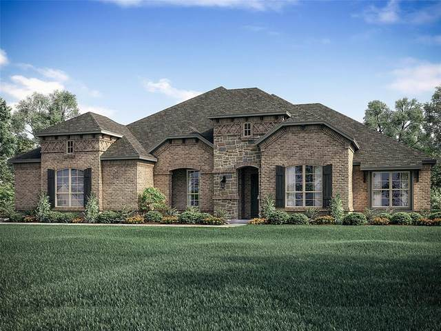 7821 Clayton Drive, Waxahachie, TX 75167 (MLS #14382265) :: The Hornburg Real Estate Group