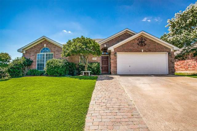 2307 Charleston Drive, Mansfield, TX 76063 (MLS #14382639) :: The Hornburg Real Estate Group