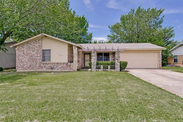 6320 Scotsdale Drive, Forest Hill, TX 76119 (MLS #14382644) :: Team Tiller