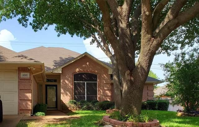 6205 Castle Creek Road, Arlington, TX 76017 (MLS #14382649) :: The Chad Smith Team