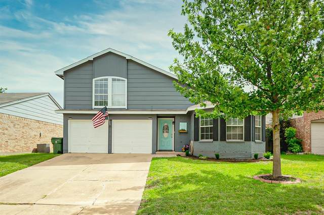 617 Hollyberry Drive, Mansfield, TX 76063 (MLS #14382659) :: The Mitchell Group