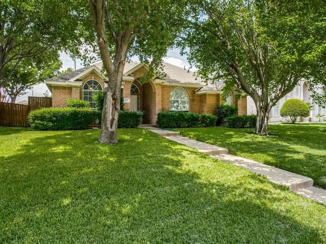 2717 Donnington Drive, Plano, TX 75093 (MLS #14382835) :: The Rhodes Team
