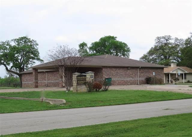 626 W Main Street, Fairfield, TX 75840 (MLS #14383175) :: Potts Realty Group