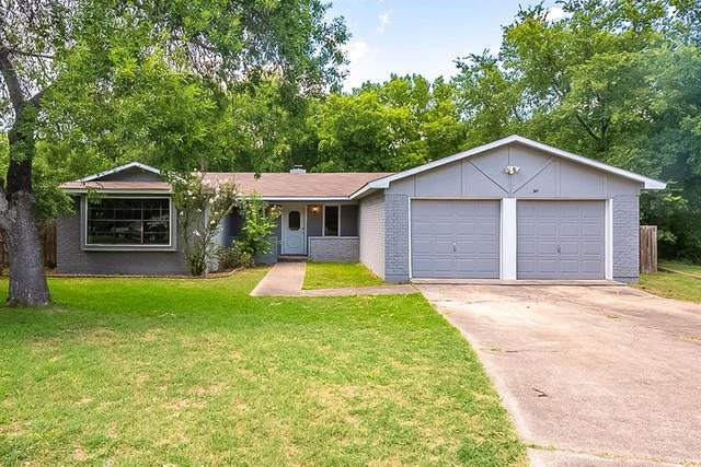 901 Timberline Court, Benbrook, TX 76126 (MLS #14383180) :: North Texas Team | RE/MAX Lifestyle Property