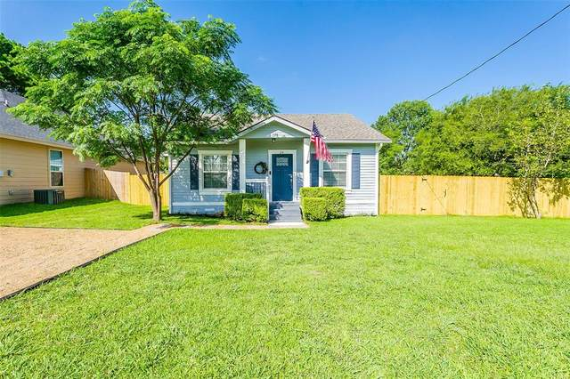 214 Lipscomb Street, Cleburne, TX 76031 (MLS #14383272) :: The Chad Smith Team