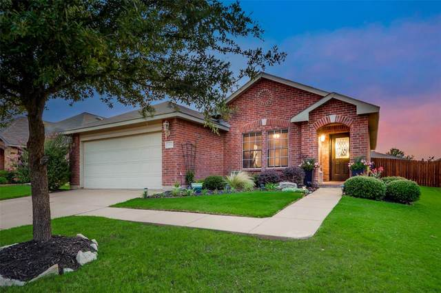 1432 Keith Court, Burleson, TX 76028 (MLS #14383761) :: The Chad Smith Team