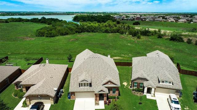 1449 Whitewater Drive, Little Elm, TX 75068 (MLS #14383938) :: Potts Realty Group