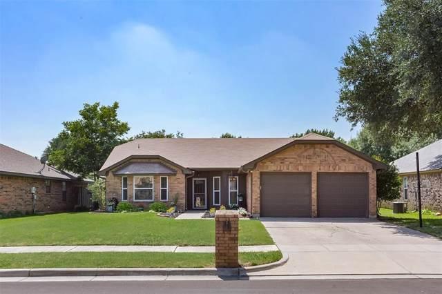 6813 Richfield Drive, North Richland Hills, TX 76182 (MLS #14384009) :: The Chad Smith Team