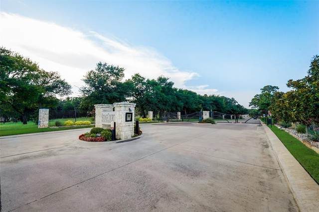 1909 Highland Drive, Bedford, TX 76021 (MLS #14384079) :: Team Tiller