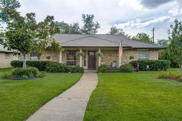 3051 Lockmoor Lane, Dallas, TX 75220 (MLS #14384100) :: The Heyl Group at Keller Williams