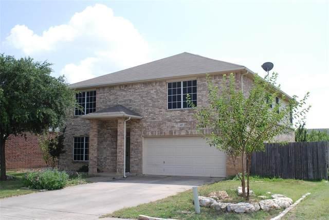 605 Sparrow Drive, Saginaw, TX 76131 (MLS #14384172) :: The Chad Smith Team