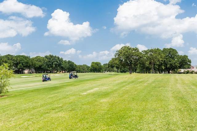 5105 Elms Court, Granbury, TX 76049 (MLS #14384208) :: The Welch Team