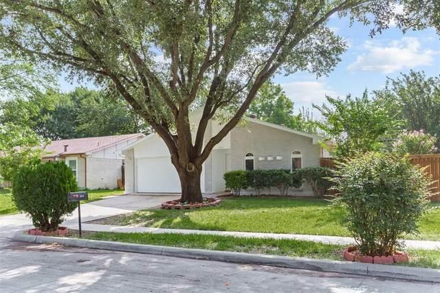 2924 Rayswood Drive, Carrollton, TX 75007 (MLS #14384339) :: Team Tiller
